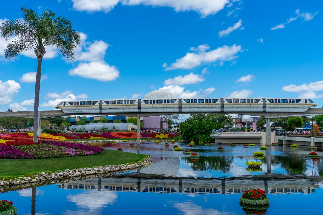 Future World - Monorail